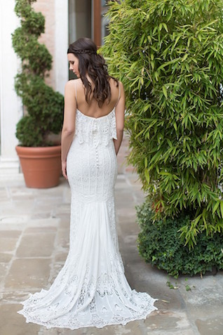Destination wedding dress   Tyler Rye and My Italian Wedding Planner   see more on: http://burnettsboards.com/2015/11/mint-pink-styled-shoot-venice/