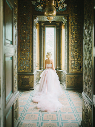 Rose quartz blush pink wedding dress | Rodion Shapor Photography | see more on: http://burnettsboards.com/2015/12/fairytale-rose-quartz-wedding-inspiration/