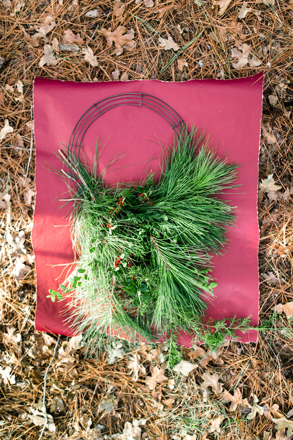 Ruffled - photo by Twin Lens Weddings http://ruffledblog.com/diy-cascading-holiday-wreath