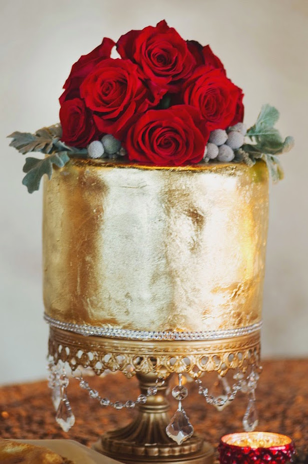 Winter Wedding Cake - Photographer: Jenna Leigh Wedding Photography, Cake Designer: Lily's Cakes