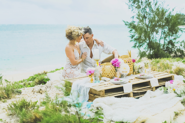 Boho Maui anniversary session on the beach | Angie Diaz Photography | see more on: http://burnettsboards.com/2015/12/boho-glam-beach-anniversary-shoot-maui/