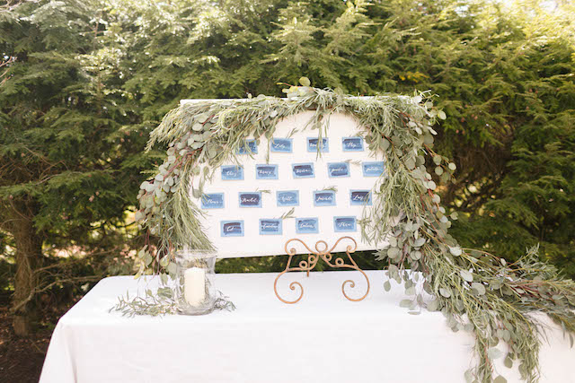 Beautiful wedding seating chart | V.A. Photography | see more on: http://burnettsboards.com/2015/12/eastern-shore-wedding/