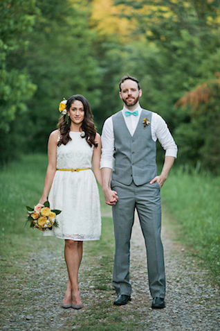 Aqua and yellow wedding | Kristyn Hogan and Cedarwood Weddings | see more on: http://burnettsboards.com/2015/12/yellow-metallic-mod-wedding/