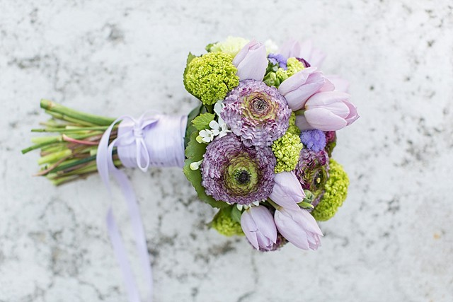 Lavender lilac and green bridal bouquet | Tyler Rye and My Italian Wedding Planner | see more on: http://burnettsboards.com/2015/11/mint-pink-styled-shoot-venice/