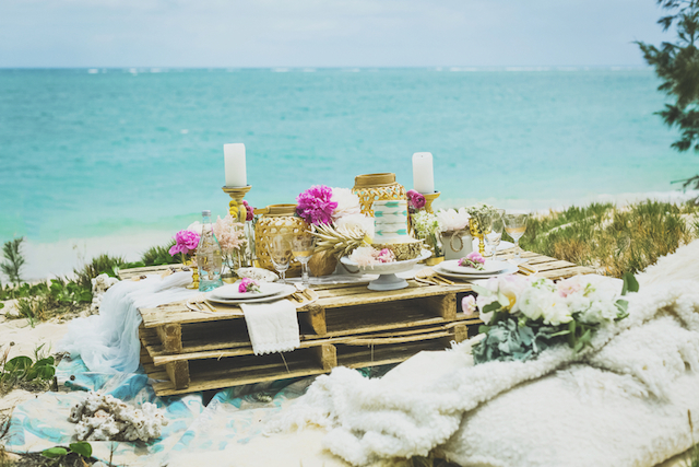 Bohemian wood palette table | Angie Diaz Photography | see more on: http://burnettsboards.com/2015/12/boho-glam-beach-anniversary-shoot-maui/