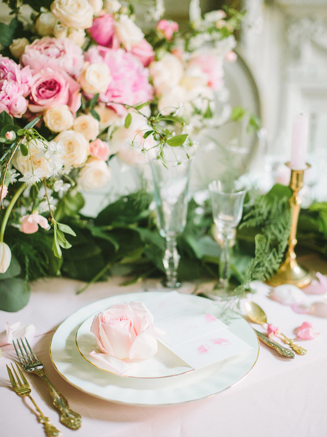 Pink wedding place setting | Rodion Shapor Photography | see more on: http://burnettsboards.com/2015/12/fairytale-rose-quartz-wedding-inspiration/