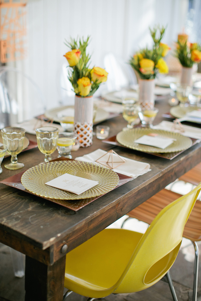 Yellow wedding tablescape | Kristyn Hogan and Cedarwood Weddings | see more on: http://burnettsboards.com/2015/12/yellow-metallic-mod-wedding/