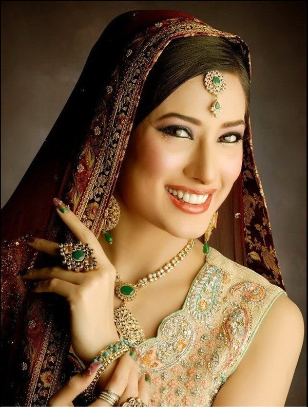 most beautiful muslim girls 15