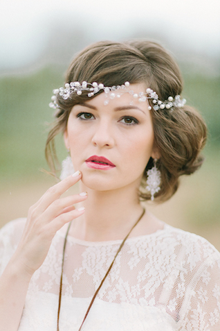 Pearl wedding hair crown | Sofia Martynova Photography | see more on: http://burnettsboards.com/2015/12/sophisticated-bohemian-bride/