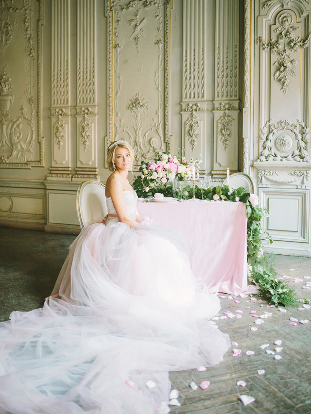 Blush pink wedding inspiration | Rodion Shapor Photography | see more on: http://burnettsboards.com/2015/12/fairytale-rose-quartz-wedding-inspiration/