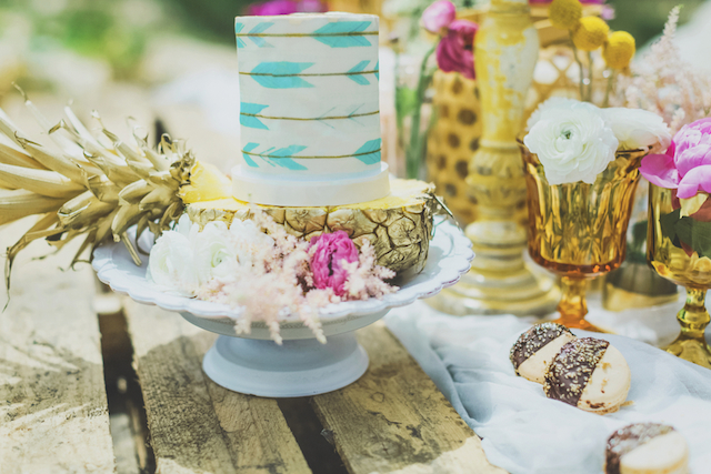 Bohemian wedding cake feathers and arrows | Angie Diaz Photography | see more on: http://burnettsboards.com/2015/12/boho-glam-beach-anniversary-shoot-maui/
