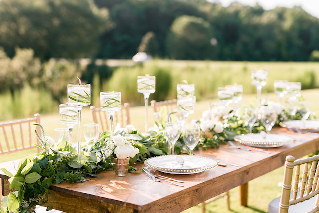 Golf course wedding inspiration shoot | Audrey Rose Photography | see more on: http://burnettsboards.com/2016/01/masters-golf-tournament-inspired-wedding/