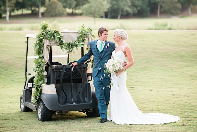 Golf wedding ideas | Audrey Rose Photography | see more on: http://burnettsboards.com/2016/01/masters-golf-tournament-inspired-wedding/