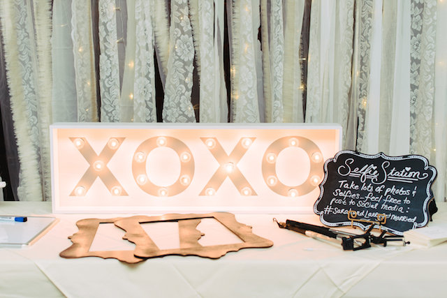 Selfie station | Madison Short Photography | see more on: http://burnettsboards.com/2016/01/taylor-swift-inspired-wedding/