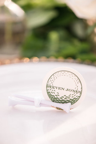 Golf themed place cards | Audrey Rose Photography | see more on: http://burnettsboards.com/2016/01/masters-golf-tournament-inspired-wedding/