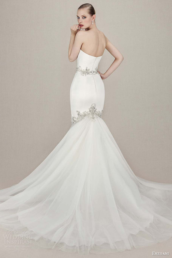 enzoani bridal 2016 kenzi straplesss sweetheart mermaid gown embroidered beaded lace silver beading back view train