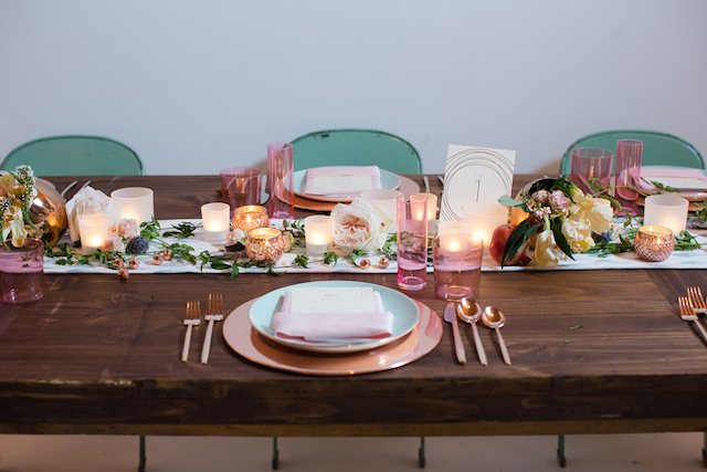Mint and blush tablescape | Jessica Haley Photography | @aislesociety | see more on: http://burnettsboards.com/2016/01/aisle-society-debut-sponsored-minted/