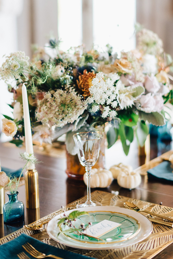 glam tablescape - photo by Lindsay Hackney Photography http://ruffledblog.com/autumn-styled-shoot-at-aldworth-manor