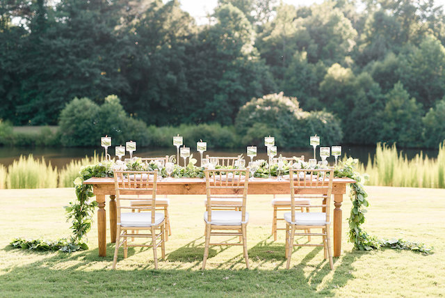 Golf course wedding reception | Audrey Rose Photography | see more on: http://burnettsboards.com/2016/01/masters-golf-tournament-inspired-wedding/