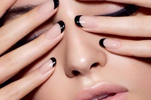 16 Chic Nails Ideas That Are Suitable For Work Beauty