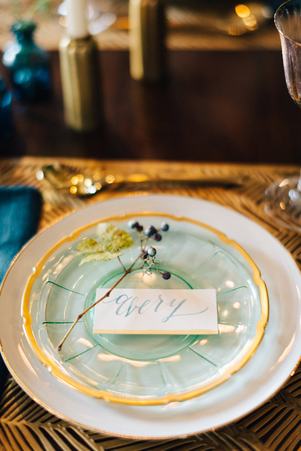 mint and gold place setting - photo by Lindsay Hackney Photography http://ruffledblog.com/autumn-styled-shoot-at-aldworth-manor