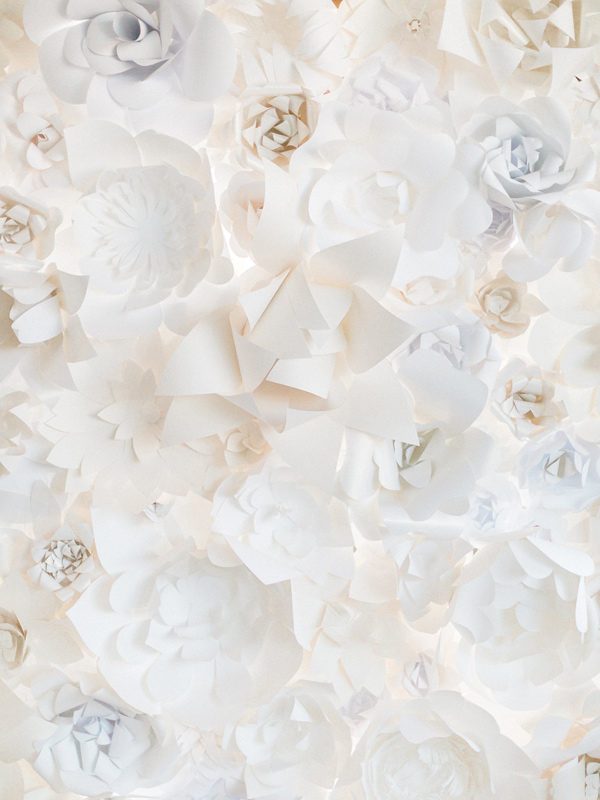 paper flower backdrop detail - photo by Heidrich Photography http://ruffledblog.com/monochrome-bridal-inspiration