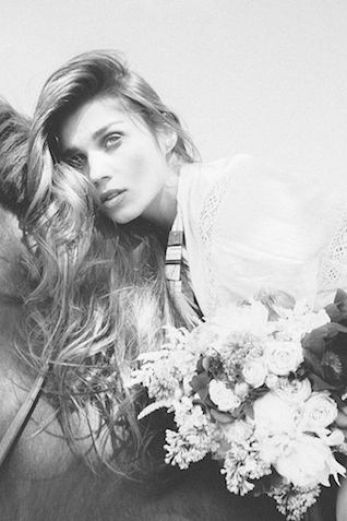 Boho wedding ideas | Studio Ohlala | see more on: http://burnettsboards.com/2016/01/el-dorado-wedding-editorial/