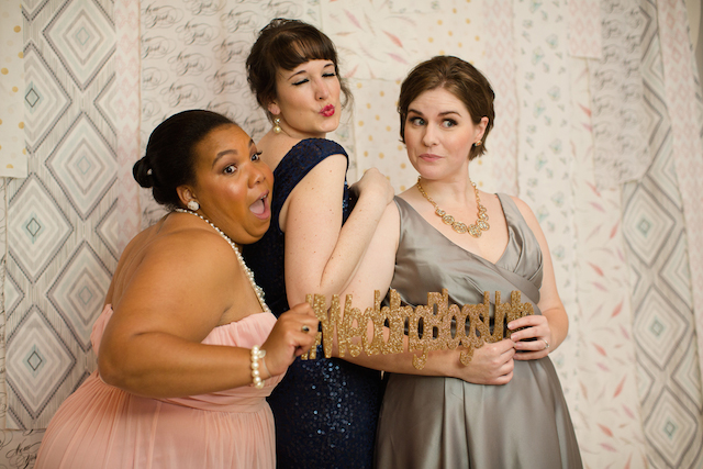 Photo booth | Jessica Haley Photography | @aislesociety | see more on: http://burnettsboards.com/2016/01/aisle-society-debut-sponsored-minted/