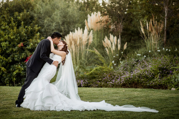 Wedding kiss - William Innes Photography
