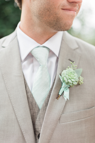 Succulent boutonnière   Alicia Lacey Photography   see more on: http://burnettsboards.com/2016/01/darling-outer-banks-wedding/