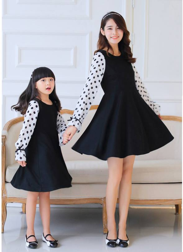 cute and matching outfits for mother and daughter (5)