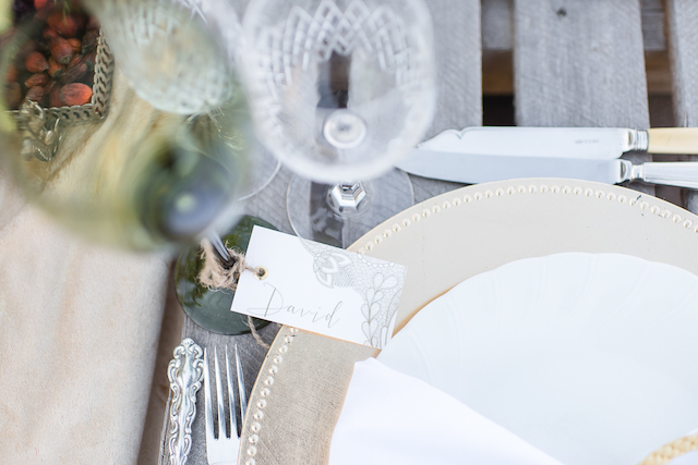Place cards as drink tags | Lightburst Photography | see more on: http://burnettsboards.com/2016/01/earthy-sophisticated-desert-wedding/