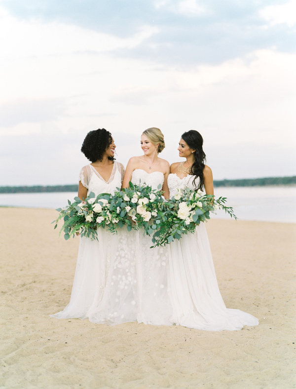 easy romantic wedding inspiration - photo by Ben Q Photography http://ruffledblog.com/easy-romantic-wedding-inspiration