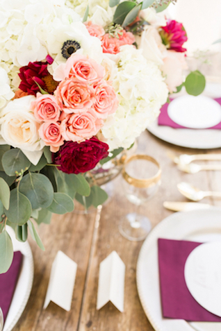 Pink, red, and white floral centerpiece | Jessica Green Photography | see more on: http://burnettsboards.com/2016/02/sweetly-sentimental-red-wedding/