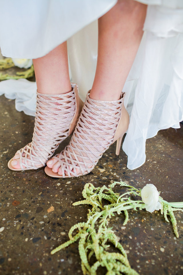 Unique bridal shoes | Mandy Forlenza Sticos and Maria Cascio Photography | see more on: http://burnettsboards.com/2016/02/airy-paper-factory-hotel-bridals/
