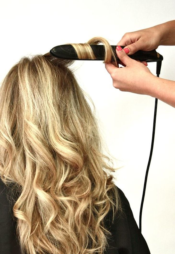 Top 10 Habits Of Woman With Strong and Shiny Hair