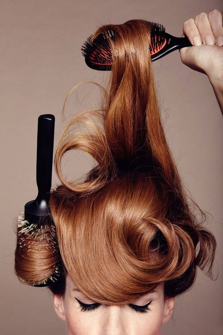 TopHabits Of Woman With Strong And Shiny Hair