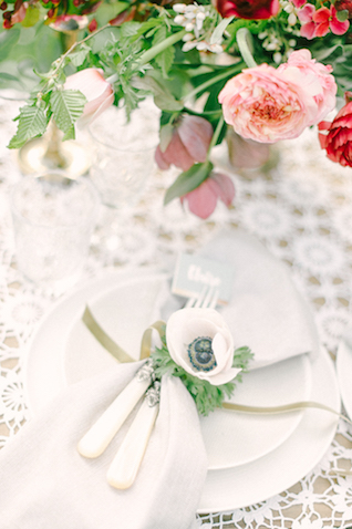 Romantic place setting | Plenty To Declare Photography | see more on: http://burnettsboards.com/2016/02/whimsical-marsala-celebration/