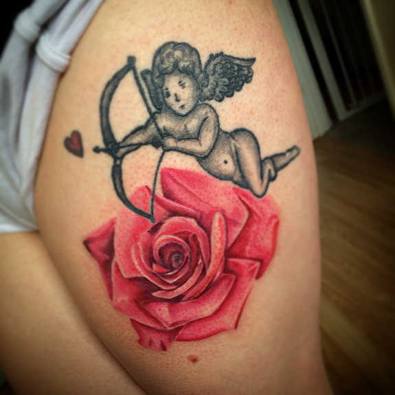 Spicy Thigh Tattoos for Girls (11)
