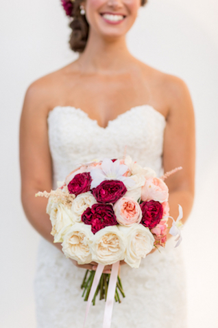 Red, pink, and white peony bridal bouquet | Jessica Green Photography | see more on: http://burnettsboards.com/2016/02/sweetly-sentimental-red-wedding/