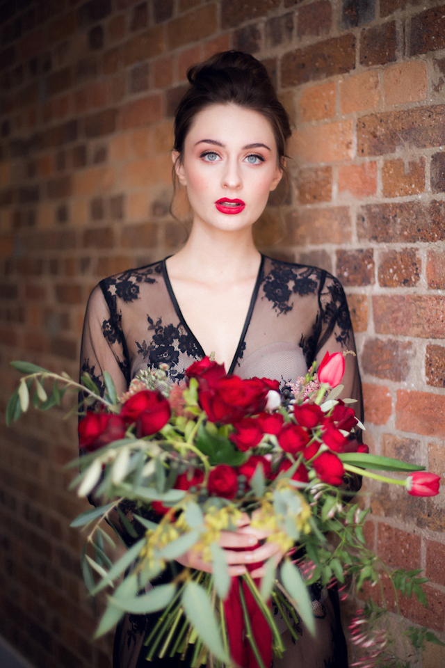 Red rose and tulip bridal bouquet | Kelsea K Photography | see more on: http://burnettsboards.com/2016/02/industrial-romance/