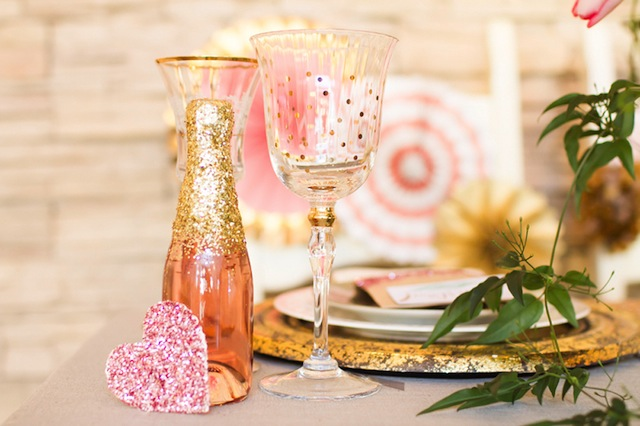Blush and gold and glittery wedding ⎪Angie Capri Photography ⎪see more on: http://burnettsboards.com/2015/08/tale-tablescapes/