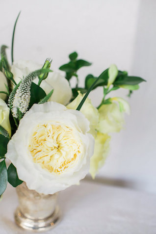 White peony | Mandy Forlenza Sticos and Maria Cascio Photography | see more on: http://burnettsboards.com/2016/02/airy-paper-factory-hotel-bridals/