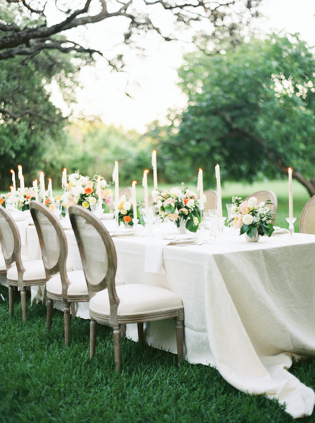 Intimate dinner wedding reception | Courtney Leigh Photography | see more on: http://burnettsboards.com/2016/02/romantic-outdoor-southern-mansion-wedding/