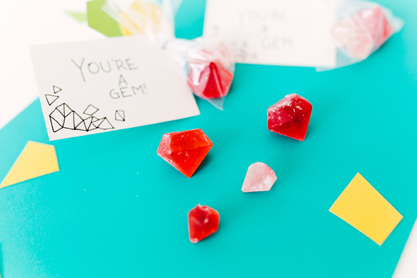 Gemstone Hard Candy Recipe - photo by Emily Chidester Photography DIY by Studio Cultivate for Ruffled http://ruffledblog.com/gemstone-hard-candy-recipe