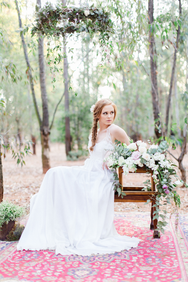 Boho forest elopement wedding inspiration shoot | Carolien & Ben Photography | see more on: http://burnettsboards.com/2016/02/south-african-bohemian-forest-elopement/
