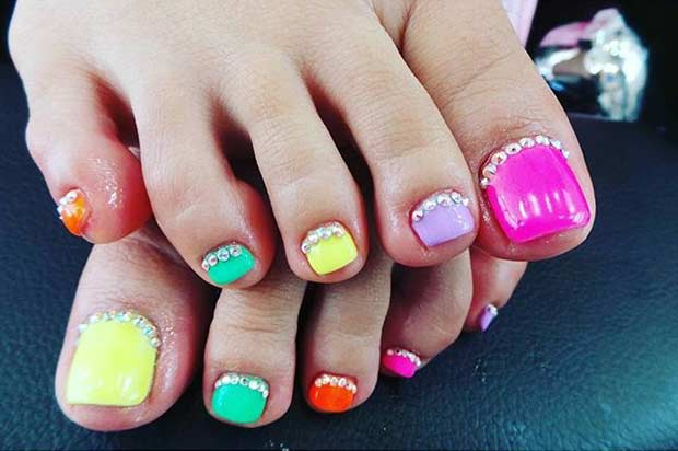 Colorful Neon Pedicure Design for Spring and Summer