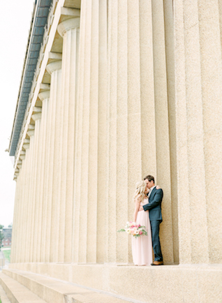 Nashville outdoor anniversary session | Connie Whitlock Photography | see more on: http://burnettsboards.com/2016/02/blush-pink-anniversary-session/