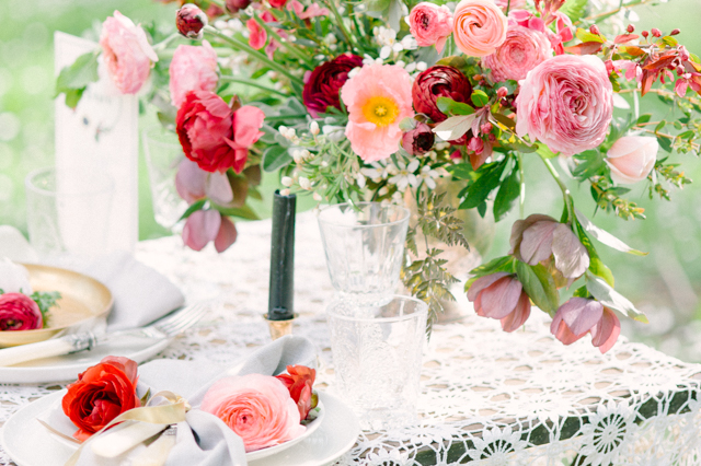 Pink and red floral centerpiece | Plenty To Declare Photography | see more on: http://burnettsboards.com/2016/02/whimsical-marsala-celebration/