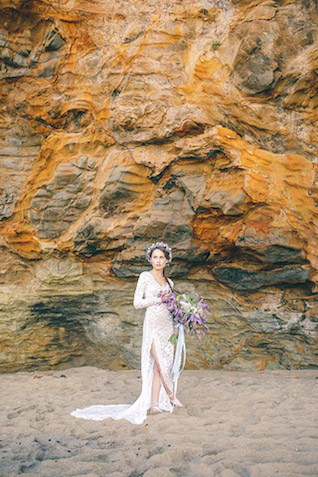 Seaside bridal session in California | Carly Jean Photography | see more on: http://burnettsboards.com/2016/02/seaside-bridal-boudoir/